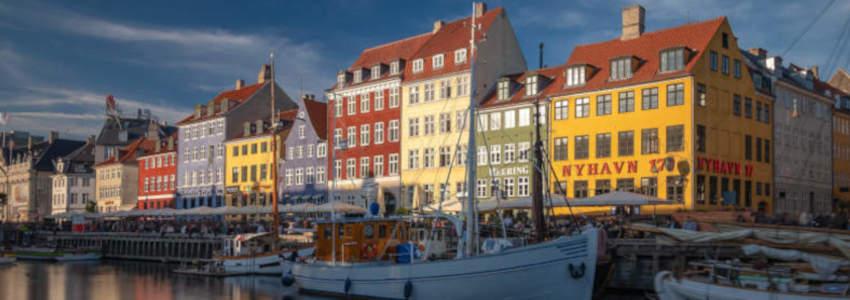 Cruise from Copenhagen - visit beautiful Nyhavn